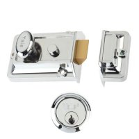 YALE 77 & 706 Non-Deadlocking Traditional Nightlatch 60mm CH with CH Cylinder Visi