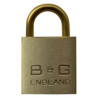 B&G Warded Brass Open Shackle Padlock - Brass Shackle 32mm KA `D4` - D101B